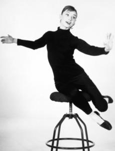 Audrey Hepburn... τα 8 fashion items που χρειάζεστε για να αντιγράψετε το στυλ της!!!